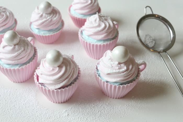 Fluffy marshmallowmuffins
